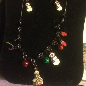 Necklace and wire earrings set